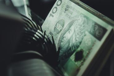 Polish Zloty Bills Inside Money Counter