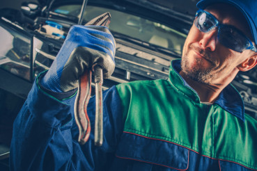 Powerful Car Mechanic