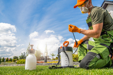 Preparing Pest Control Spraying Equipment
