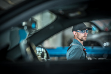 Profession Automotive Mechanic