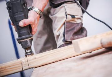 Reciprocating Saw Wood Cut