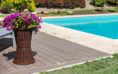 Residential Outdoor Swimming Pool Deck