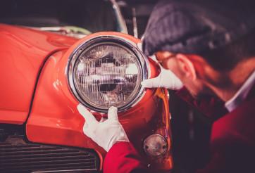Restoring Vintage Car Theme