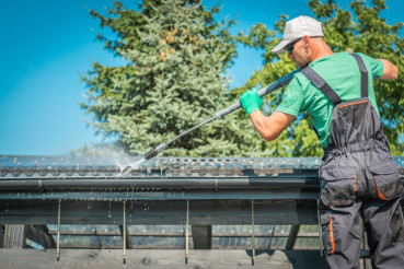 Roof and Gutters Cleaning