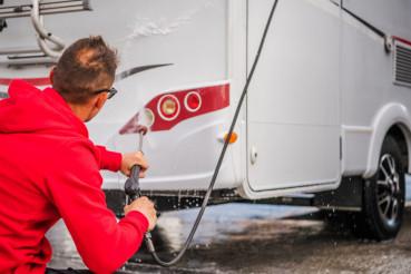 RV Camper Washing