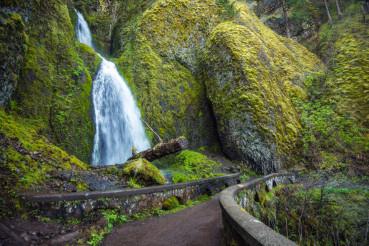 Scenic Oregon Waterfall