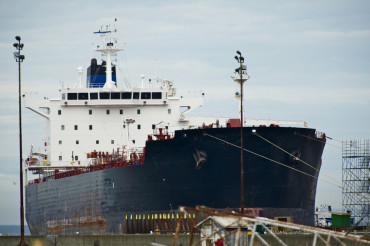 Servicing Large Ship