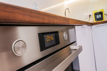 Stainless Modern Kitchen Oven with Timer