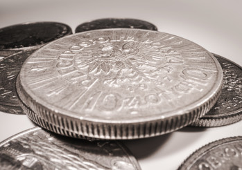 Vintage Polish Currency Metal Coin