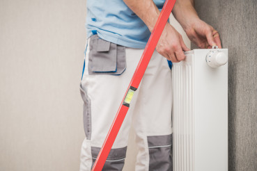 Wall Heating Radiator Installer