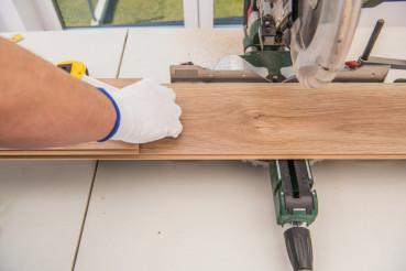 Wood Floor Panels Installer