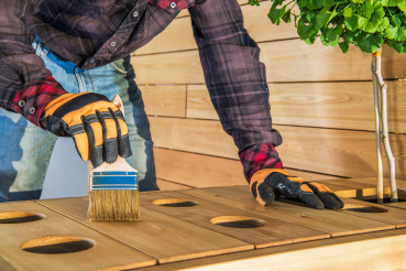 Protecting Wood Furniture With Oiling.