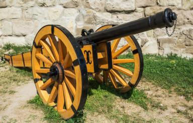 Wooden Cannon Gun