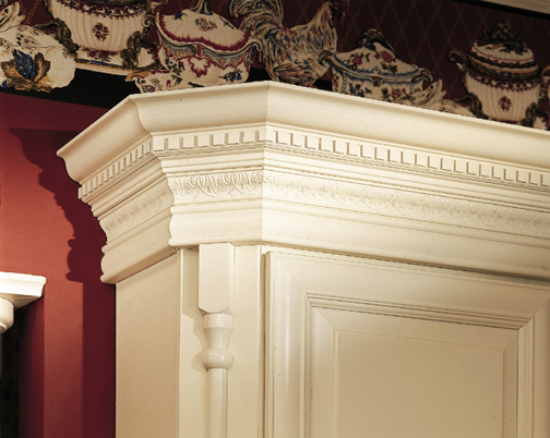 Crown Moulding - Traditional