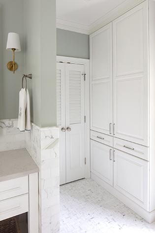 Vanity Linen