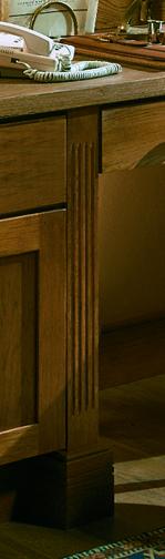 Pilaster - Fluted Desk