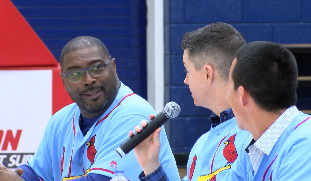 Photo of St. Louis Cardinals Stop by Evansville