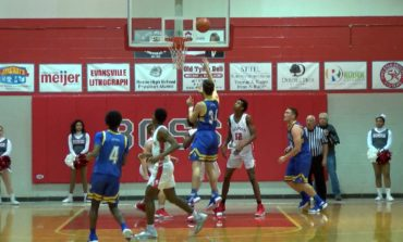 Castle Comes Back to Beat Bosse