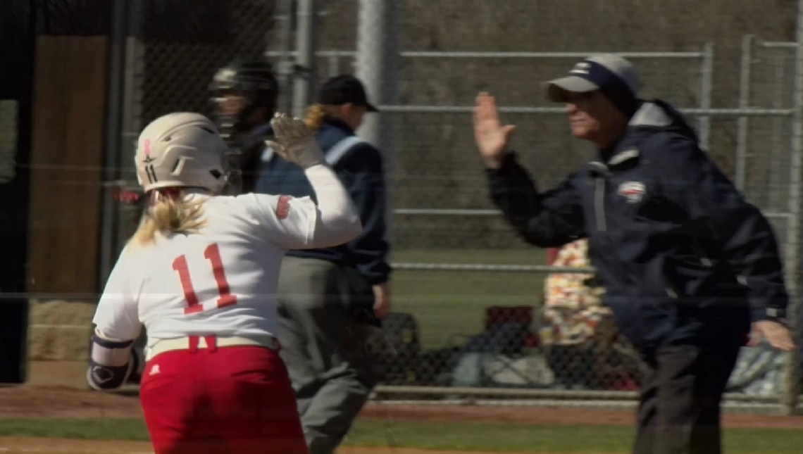 Photo of College Softball: USI Splits With Quincy