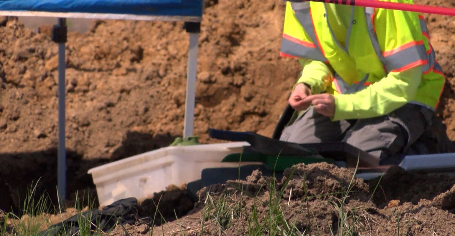 8 Bodies Exhumed From Tri-State Farm  - 44News | Evansville, IN