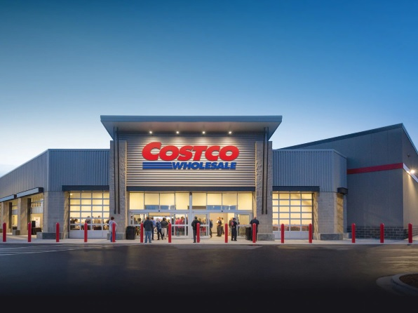 Photo of Costco Allows First Responders to Jump Lines