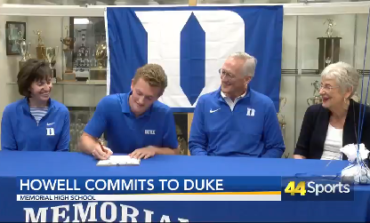 Memorial's Howell Signs With Duke