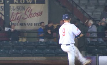 Otters Drop Miners in Game Two of Opening Series