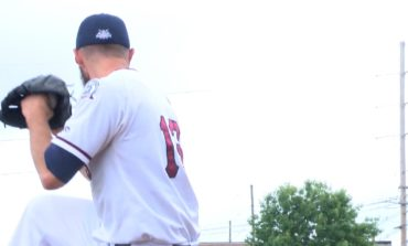 Otters Fall in Series Finale With Southern Illinois