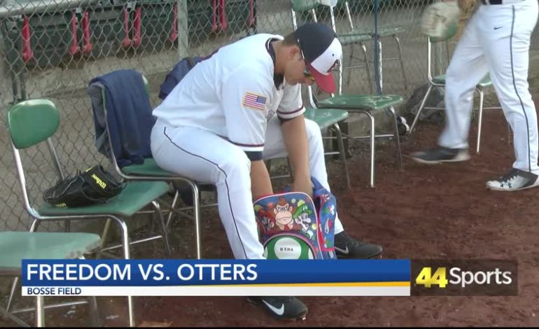 Otters Rally Late to Walk Off Against Freedom