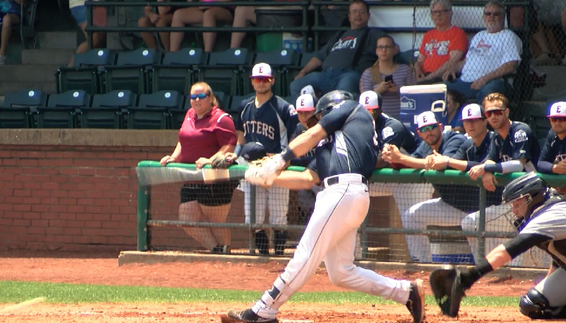 Photo of Frontier League: Otters Fall Late
