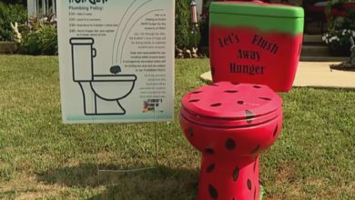 Photo of Toilet Bowl Game Allows Community to Help With School Lunch Debt