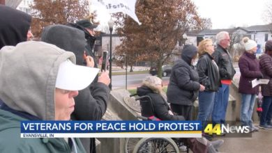 Photo of Community Members Call for Peace After U.S. Airstrike