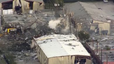 Photo of Houston Explosion Destroys Industrial Building, at Least Two Dead