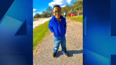 Photo of 5-Year-Old Boy With Cerebral Palsy Takes First Steps Without Walker