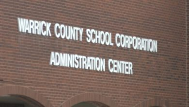 Photo of Warrick County Schools Will Complete Year With E-Learning