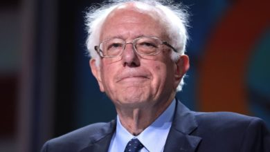 Photo of Bernie Sanders Ends 2020 Presidential Campaign