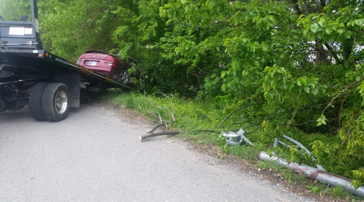 Photo of Bizarre Accident Sends Car Off Road