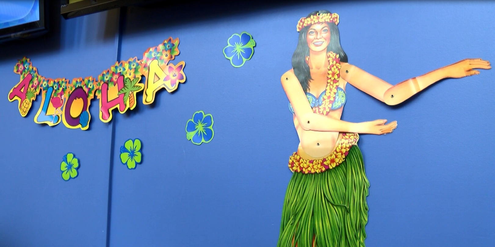 Photo of cMoe Hosts Luau for Spring Breakers