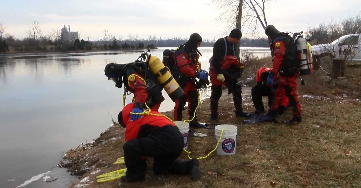 Photo of ISP Dive Team Conducts Mock Ice Rescues