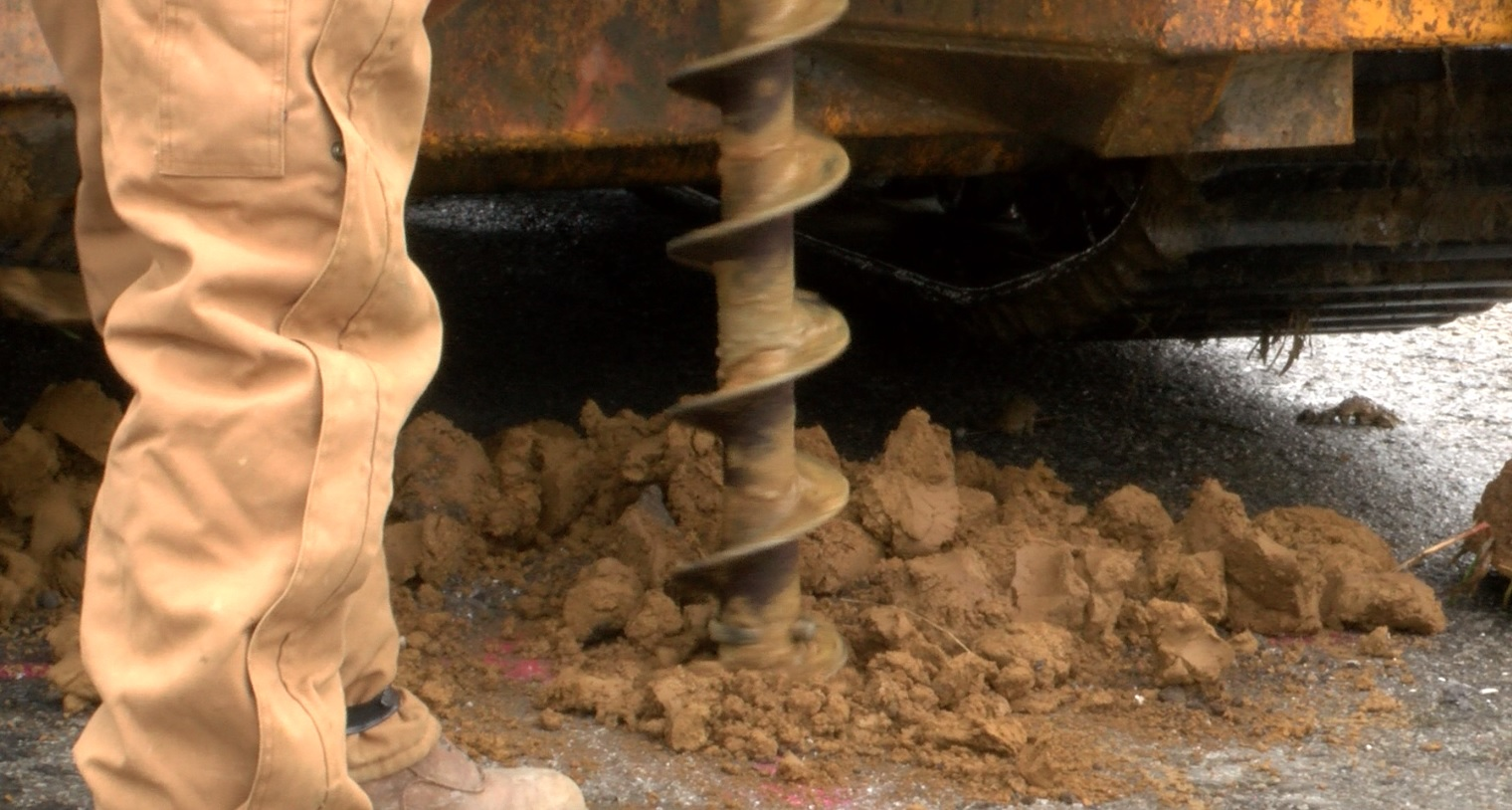 Mine Shaft Discovered Under Kentucky Road in Spottsville