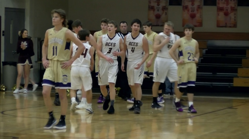 Photo of Mount Carmel Rallies in 3rd, Beats Eldorado 63-50