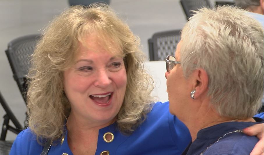Photo of Superintendent Glenda Ritz Makes A Stop In Spencer County