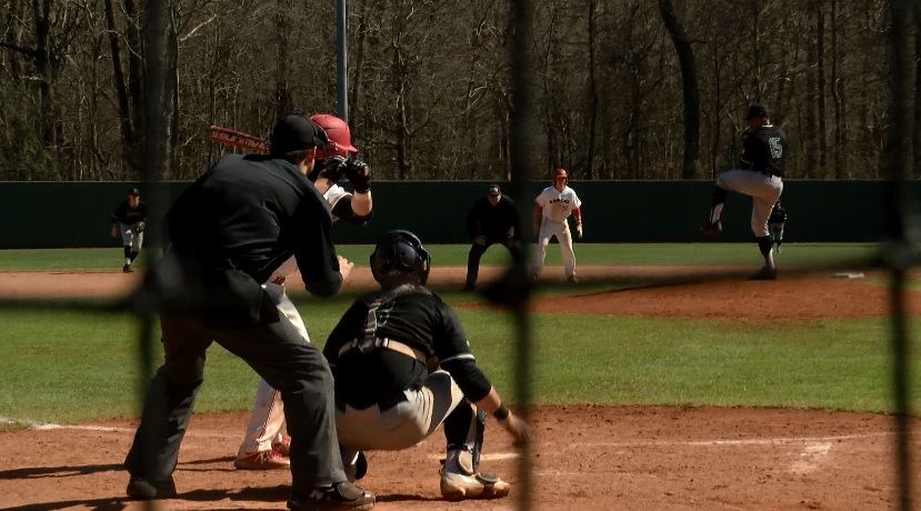 Photo of USI Baseball Hangs Crooked, Record-Setting Number on UW-Parkside