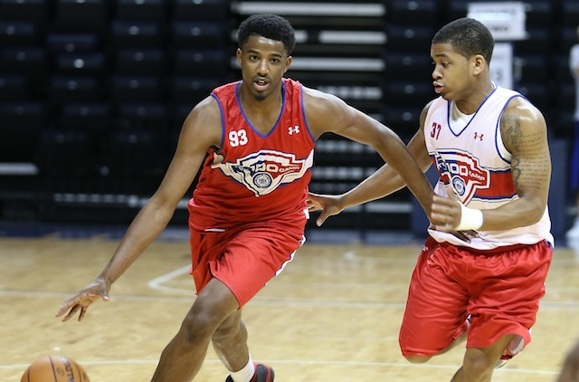 Photo of Bosse Grad Lyle to Miss Lobos Basketball Season with Ruptured Achilles