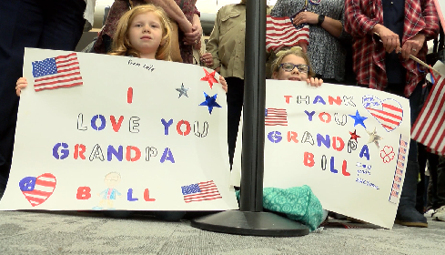 Photo of Honor Flight Veterans Welcomed Home With Parade