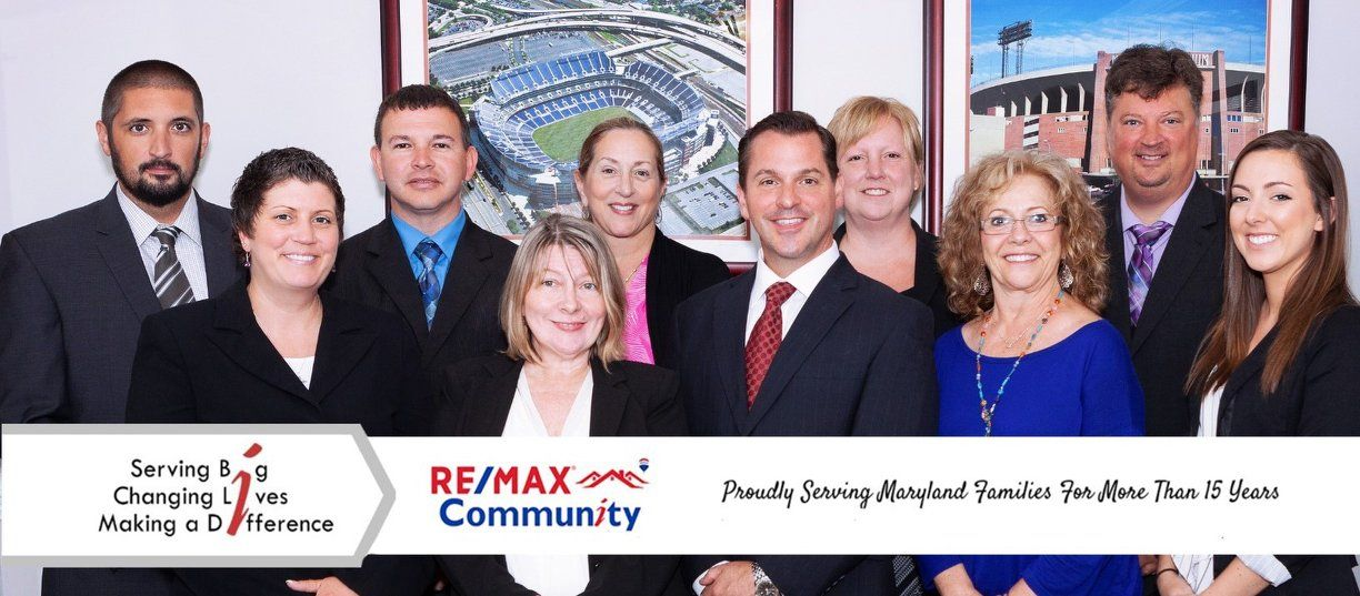 RE/MAX Community logo