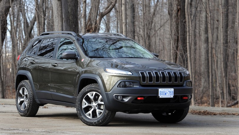 the trail rated jeep cherokee trailhawk. Black Bedroom Furniture Sets. Home Design Ideas