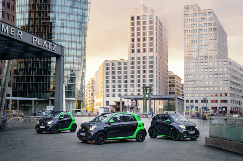 Smart electric world premiere in Paris