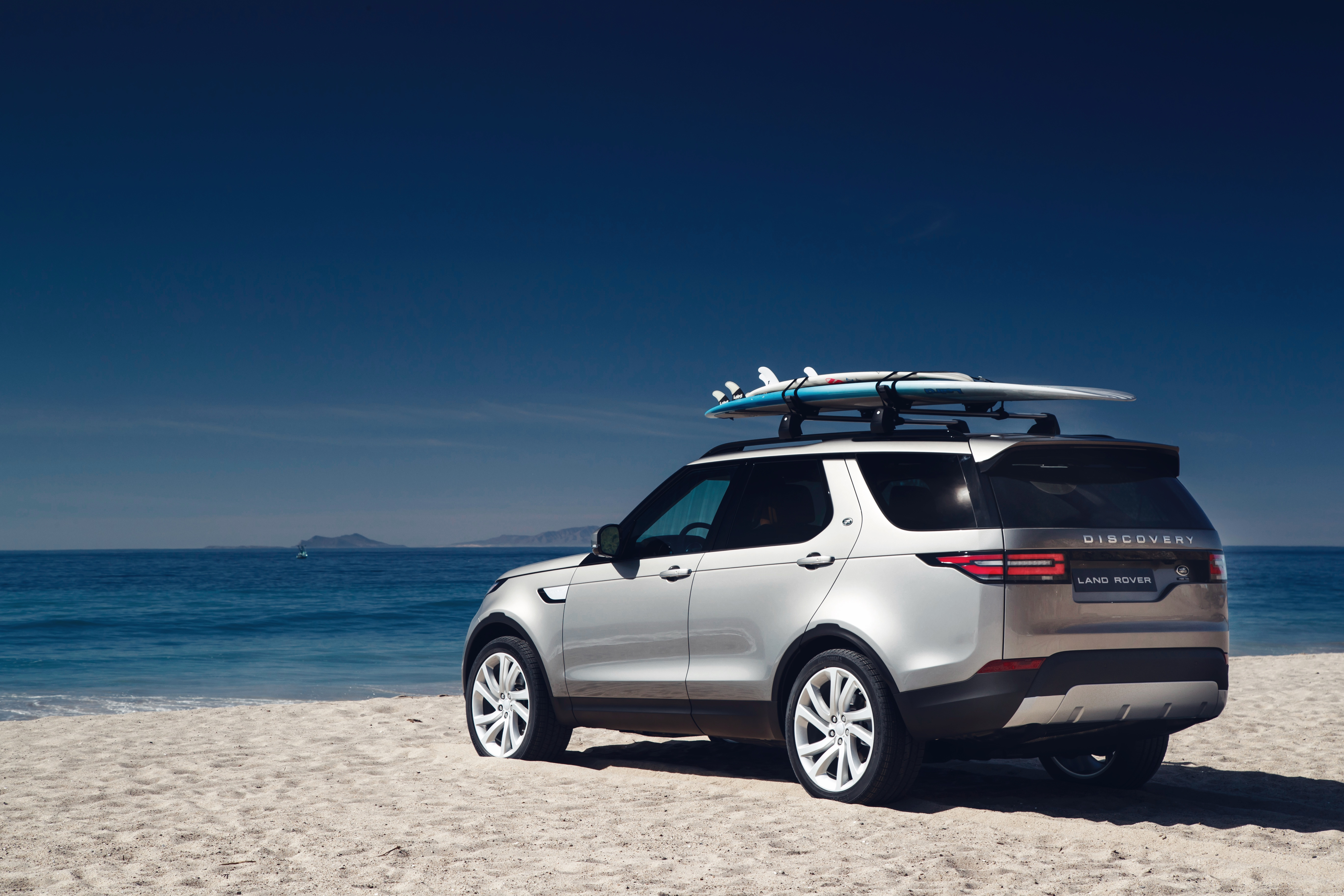 land rover shows off new discovery – wheels.ca