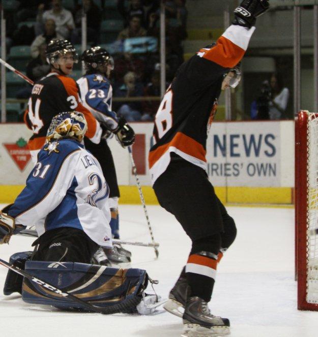 #18 Curtis Valk Scores 1st WHL Goal